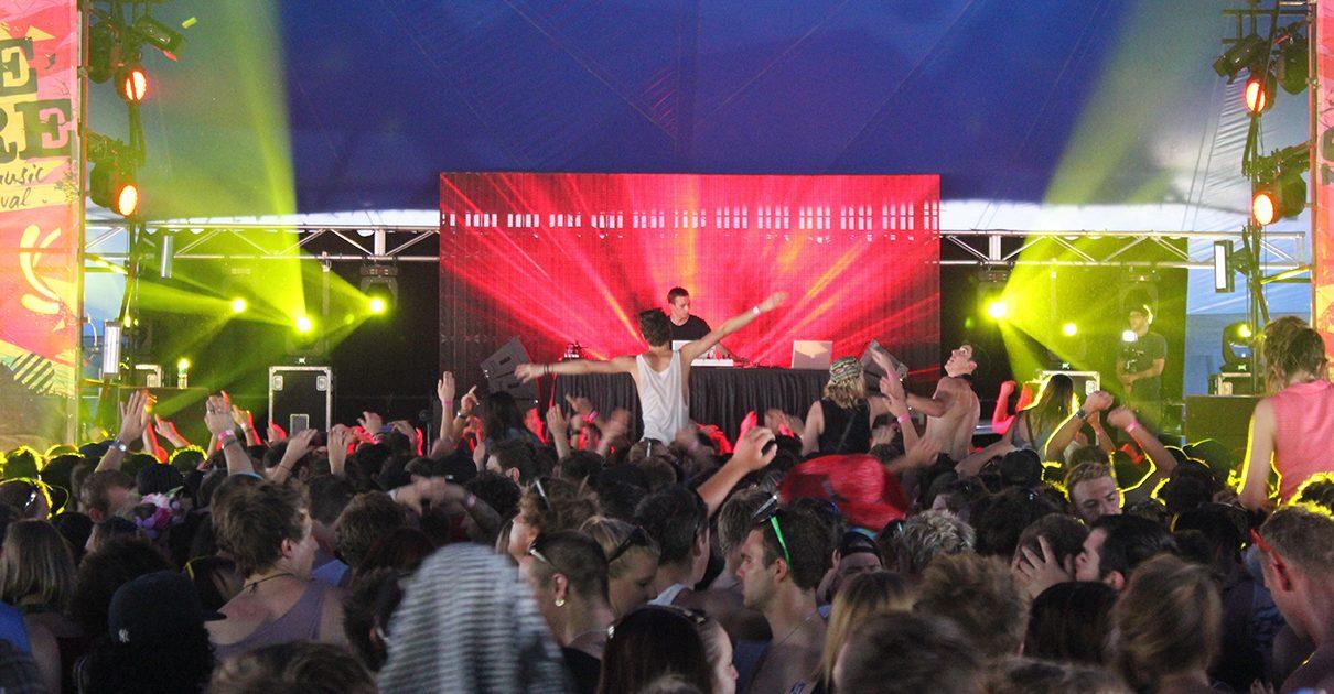 Foreshore-Music-Festival-2012-2